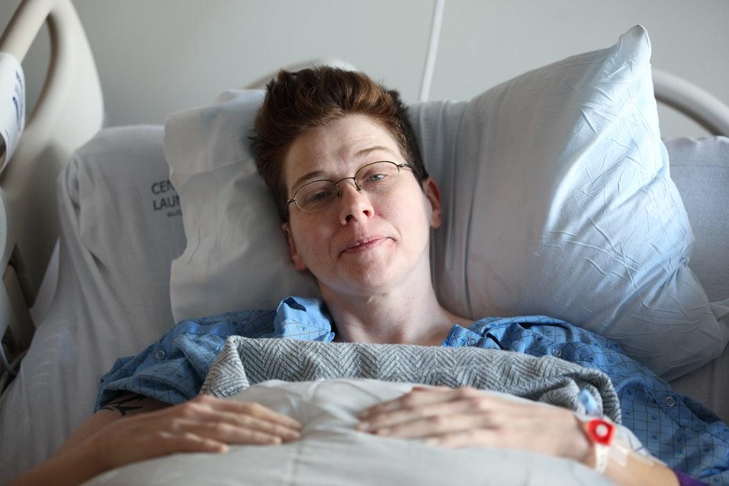 Auxiliar de Enfermería o Enfermera para Cuidados